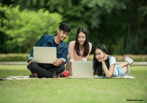 Managing Student Loans Using Personal Finance Tools